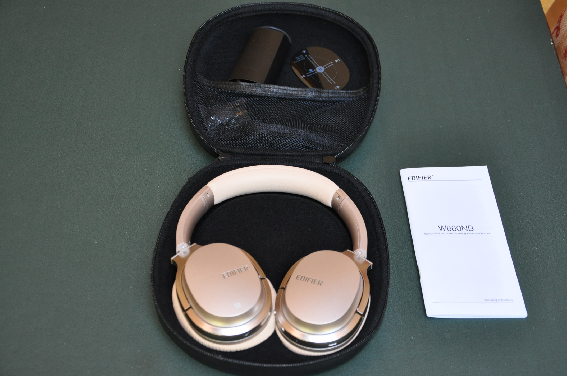 0073e4ac30b Edifier W860NB This Review is of these Edifier W860NB headphones, they are  4.1 Bluetooth active noise cancelling ...