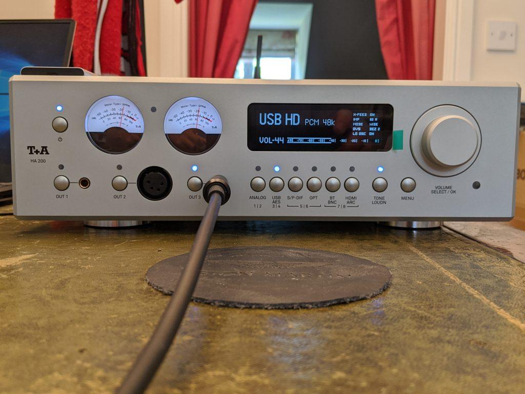 T+A HA 200 headphone amplifier – HiFi Review