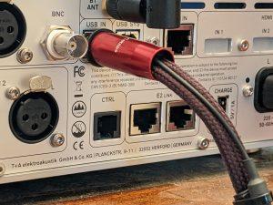 T+A HA 200 headphone amplifier