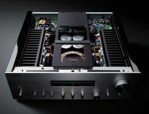 Yamaha A-S2200 internal layout